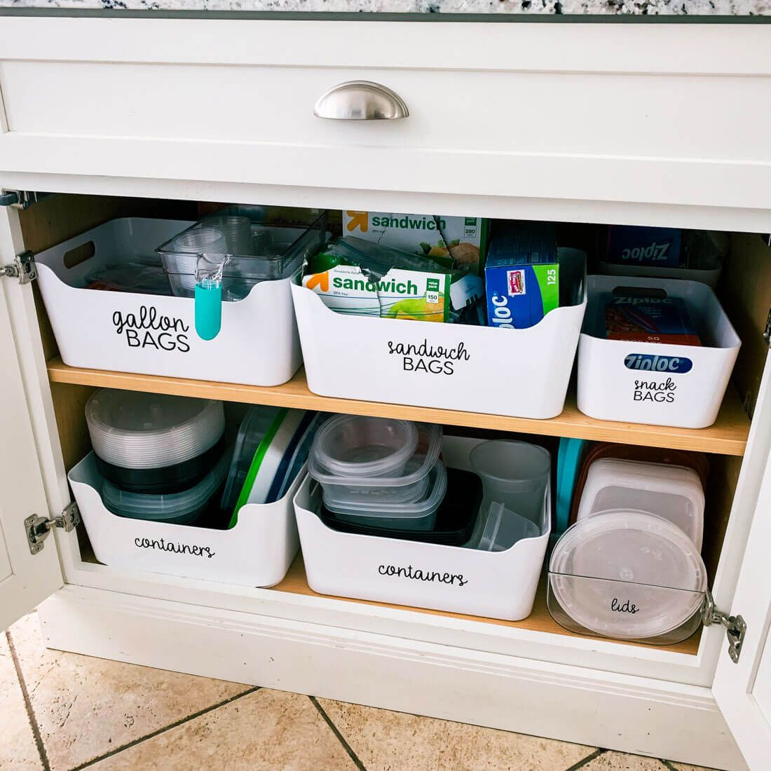 How to Organize Kitchen Cabinets #organizekitchen