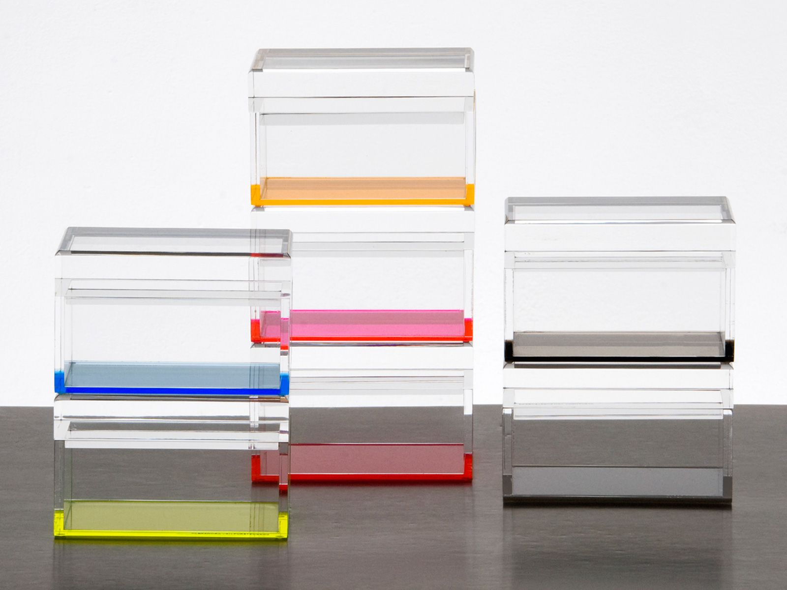 Any Alexandra Von Furstenberg table accessories.... boxes, trays, place settings, etc #acryliclove!