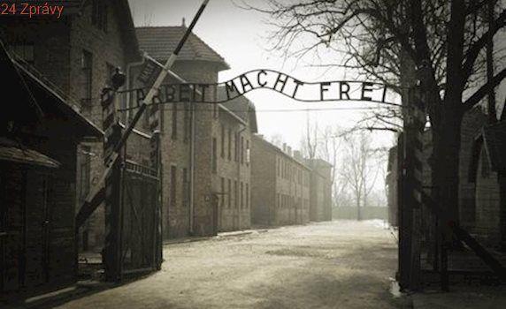Kdo se podílel na utrpení v Osvětimi? Poláci zveřejnili 8 500 jmen dozorců