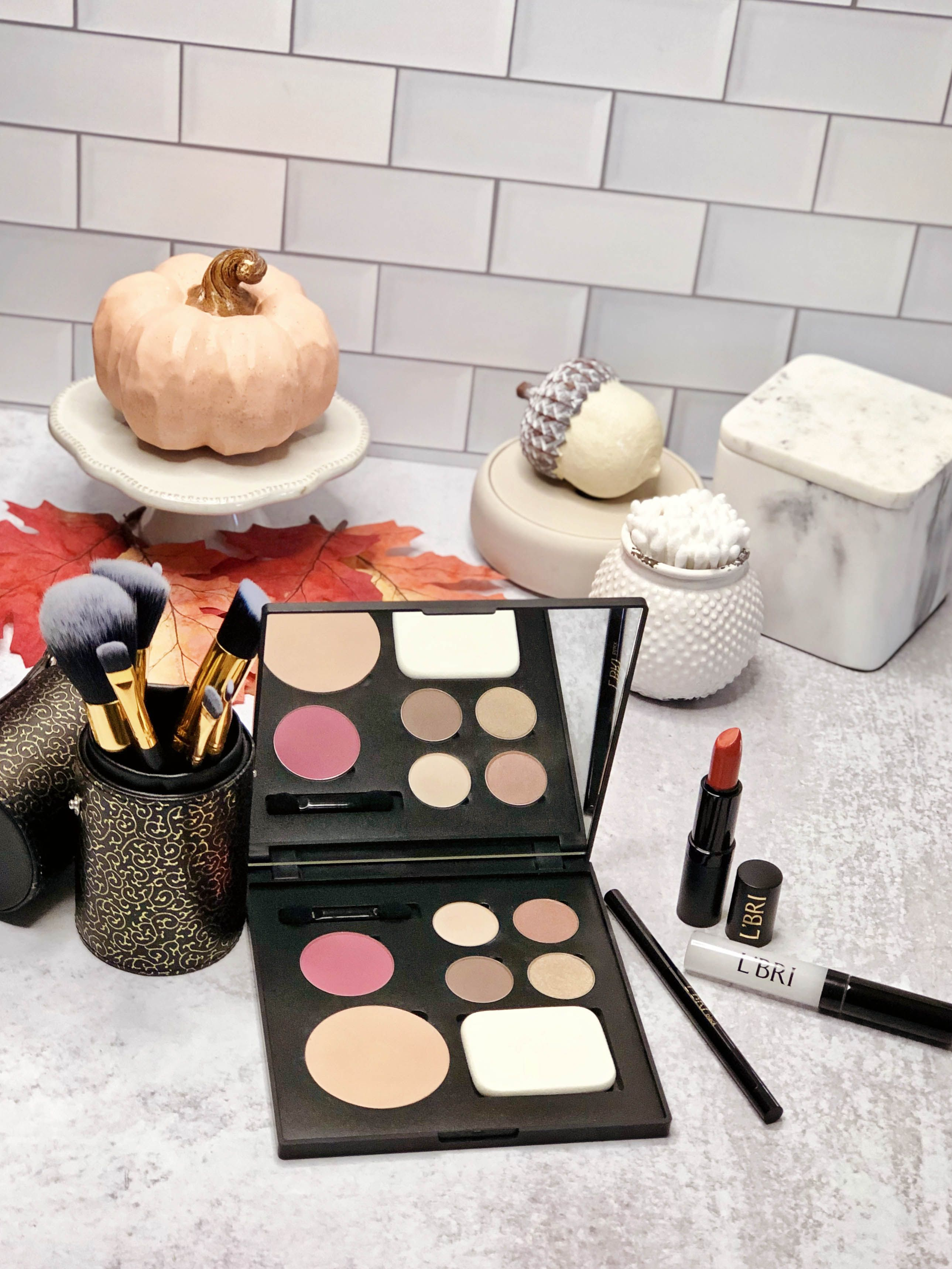 Create your own fall makeup palette with our Go Dazzle