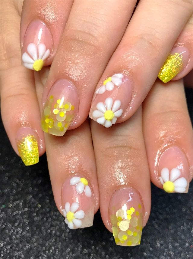Day 79 First Day Of Spring Nail Art Flower Nail Art Pinterest