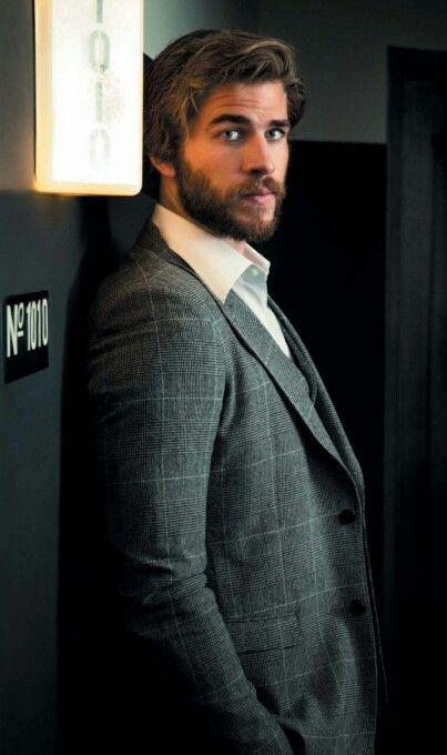 Liam http://mockingjaysource.com/