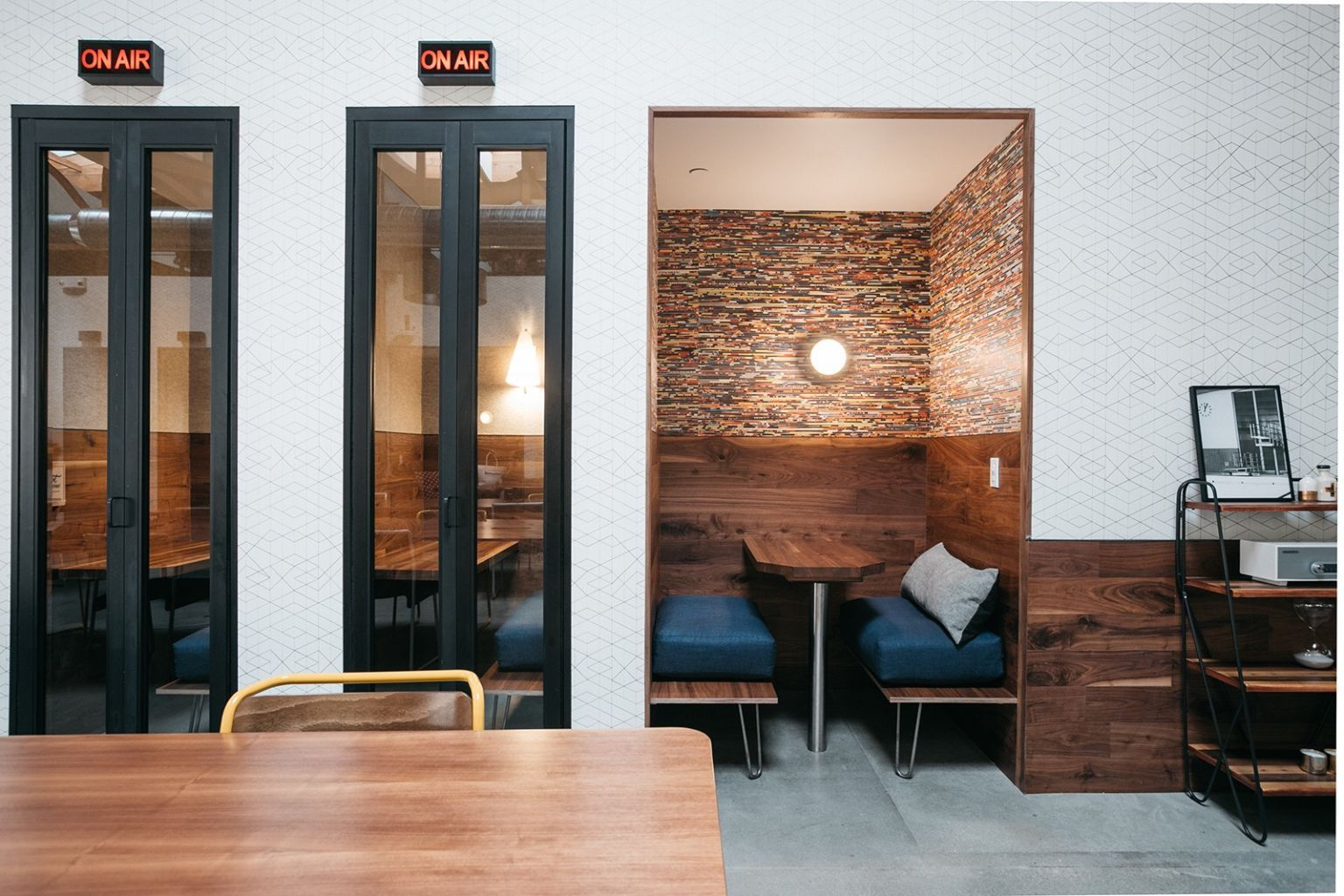 A Tour Of Wework S Culver City Coworking Space Officelovin Coworking Space Design Phone Booth Office Coworking Space