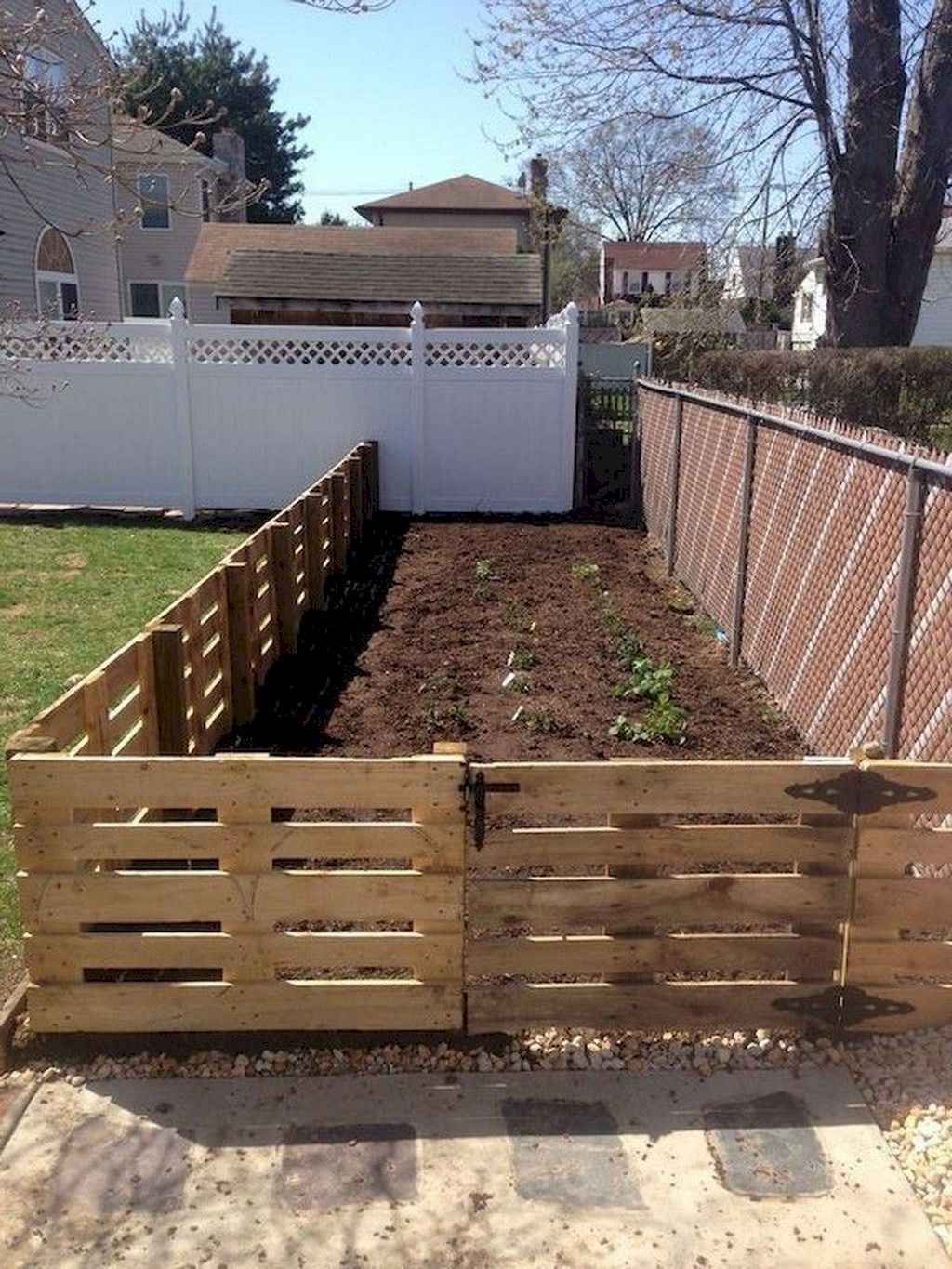 30 diy cheap privacy fence design ideas in 2020 with on inexpensive way to build a wood privacy fence diy guide for 2020 id=88681