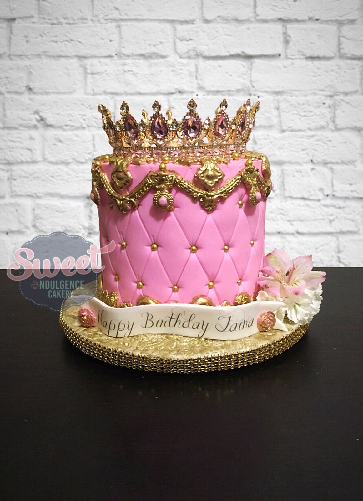 Wondrous Pink Quilted Cake With A Crown On Top 25Th Birthday Cakes Birthday Cards Printable Benkemecafe Filternl