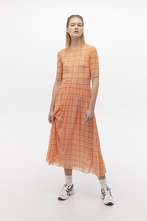 r u00e9sum u00e9 taika plaid midi dress in 2020