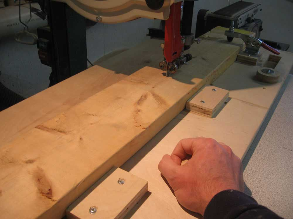 Bandsaw Jig For Perfect Arcs Highland Woodworking Jig Woodworking
