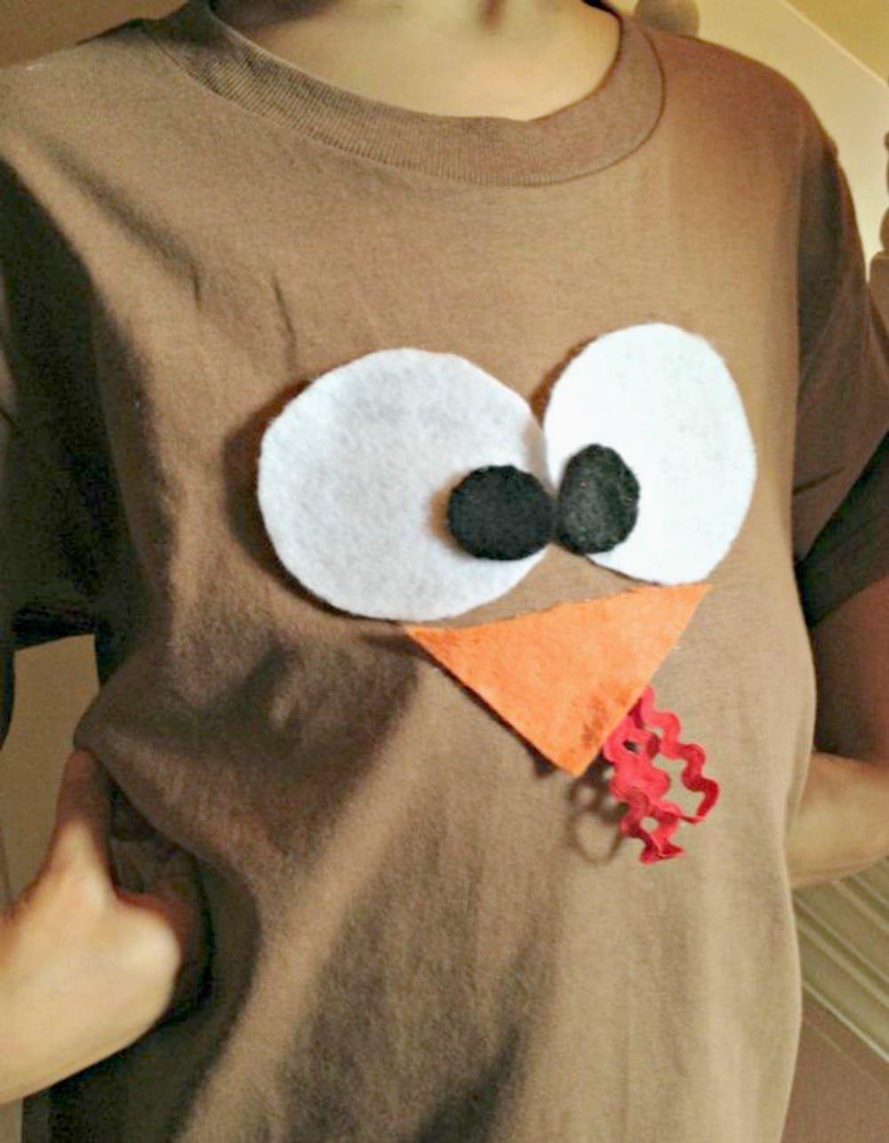 Photo of Easy DIY Turkey Shirt Thanksgiving Craft Divi
