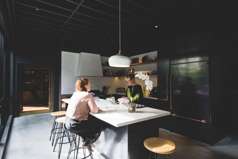 130 Kitchen Designs To Browse Through For Inspiration Kuche Schwarz Dunkle Innenraume Und Schone Kuchen