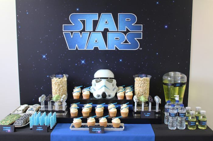 sweet table from a star wars birthday party via karas party ideas karaspartyideascom - Star Wars Party Decorations