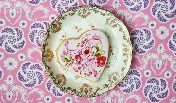 Amelie's House: Pretty painted cookie tutorial