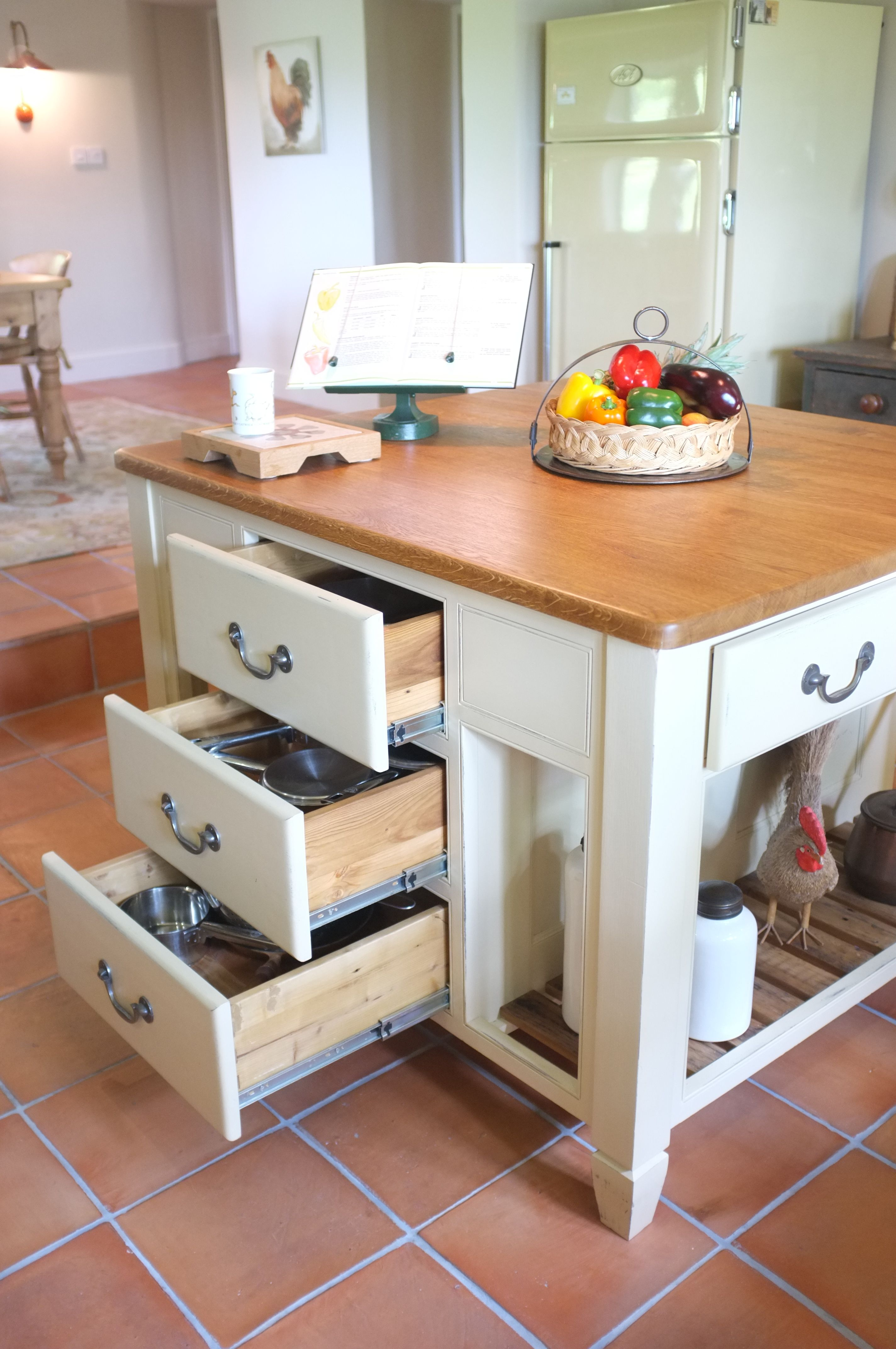 Kitchen Furniture Company: Bespoke South Yorkshire Kitchen, Handmade By The Main
