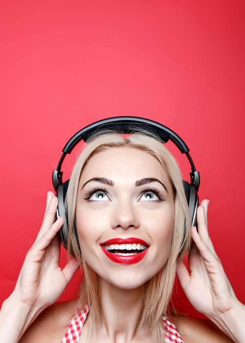 Did you know research shows music reduces anxiety before surgery? Tips to remain calm for your visit to the doc.