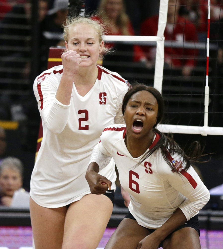 Stanford Players Kathryn Plummer 2 And Tami Alade 6 Celebrate A Block Against Nebraska In The Fifth Set Of Th In 2020 Women Volleyball Stanford Volleyball Stanford