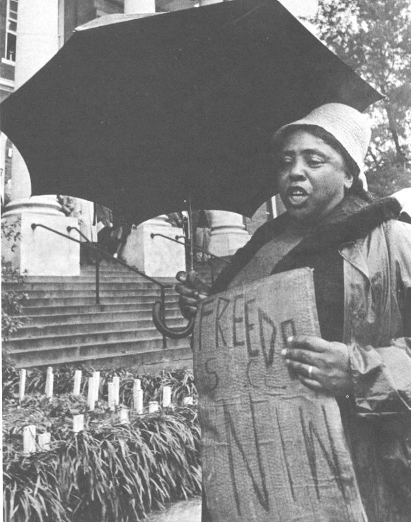 Fannie Lou Hamer Attending Freedom Day In Hattiesburg Mississippi January 1964 Sometimes I African American History Women In History Civil Rights Movement