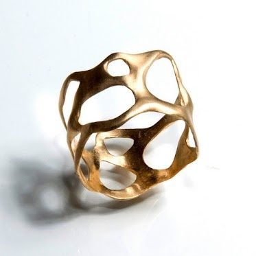 AVANT GARDE JEWELRY Avantgarde gold ring by DM design AVANT