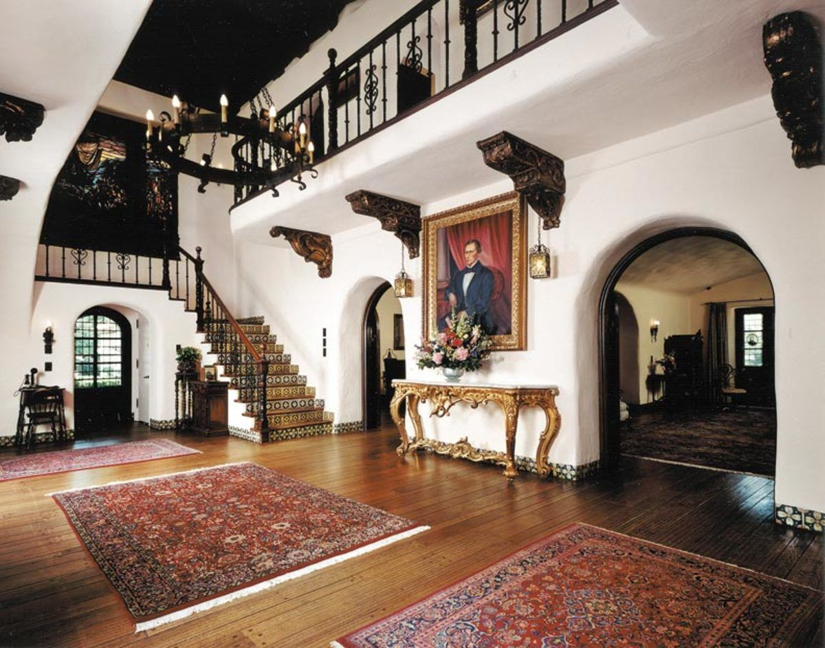 Spanish Revival Architecture in Los Angeles | Woodwork, Display ...