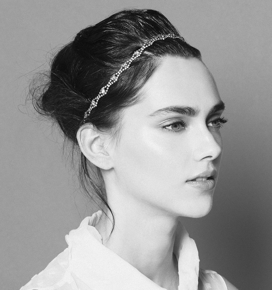 One of our ultimate classic headbands, the Rosita is universally ...