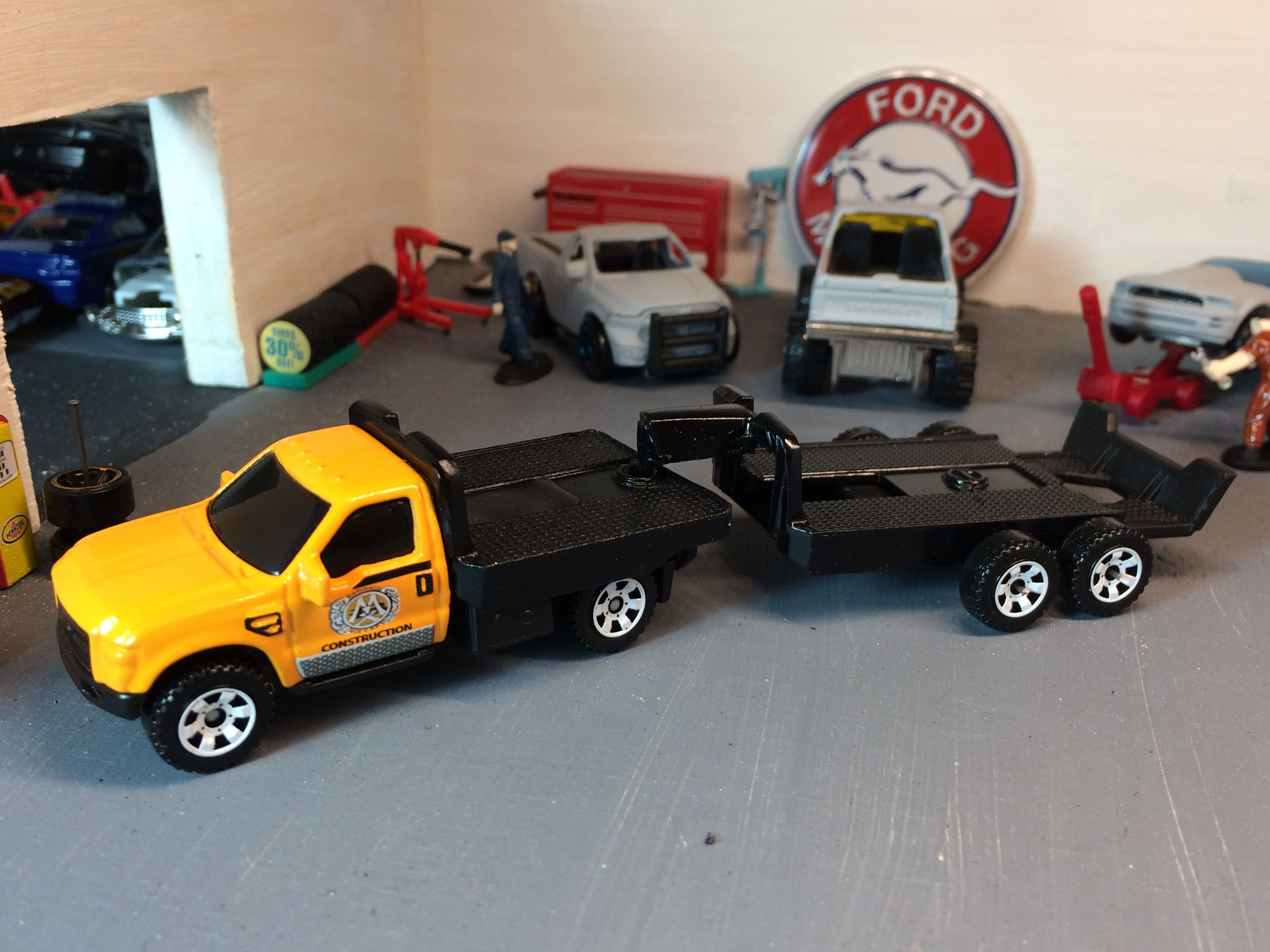 1 64 scale trucks and trailers - Custom Truck And Fifth Wheel Took Two Hotwheel Haulinators Beds And Made Truck Bed And