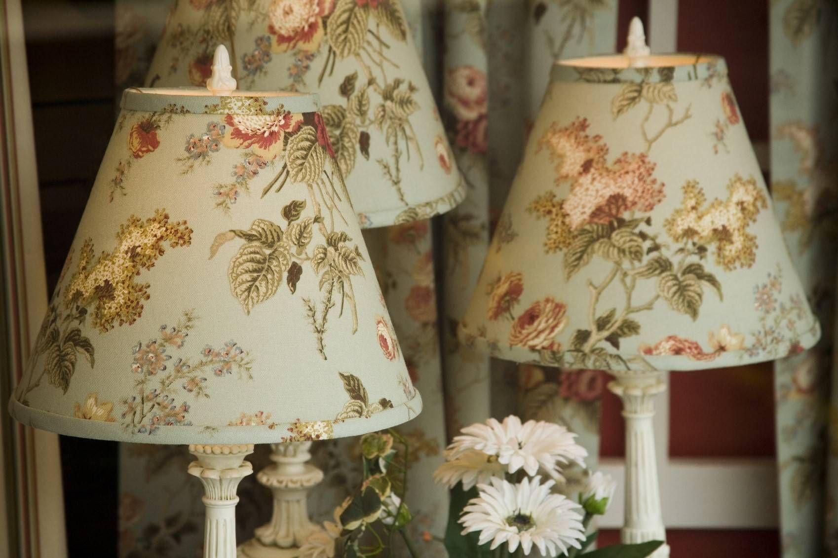 Comment Customiser Une Lampe De Chevet décorer et personnaliser un abat-jour | abat jour, abat jour