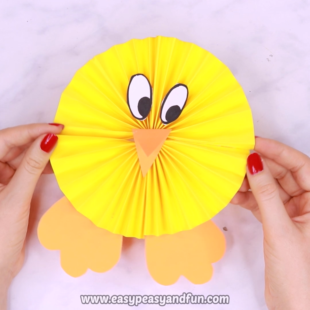 Paper Rosette Chick – Easy Easter Paper Craft