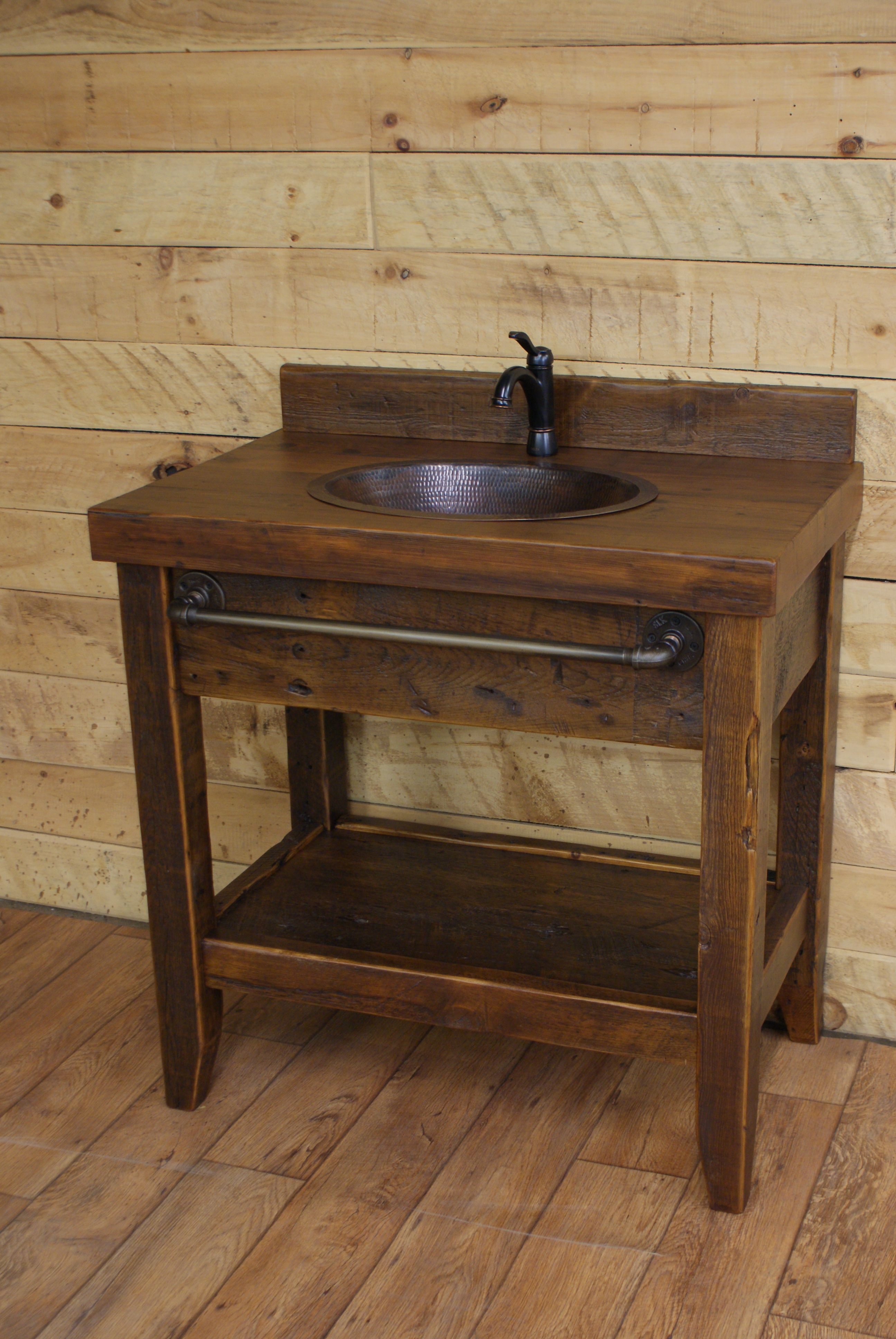 Rustic Style Ideas With Rustic Bathroom Vanities Tags Reclaimed Wood Bathroo Vanites De Salle De Bain Rustique Dessins De Bains Rustiques Vanite Salle De Bain