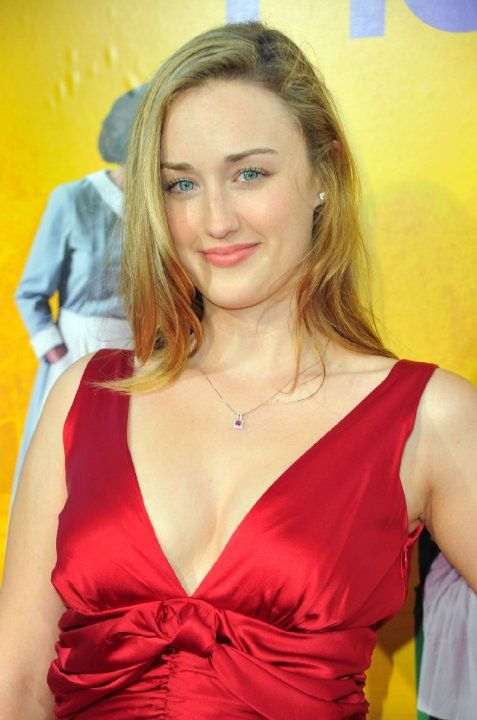 Cleavage Hot Ashley Johnson born August 9, 1983 (age 35)  nude (46 pics), Snapchat, braless