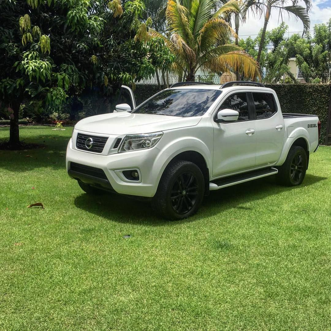 nissan np300 navara frontier nissan pinterest nissan nissan navara and 4x4. Black Bedroom Furniture Sets. Home Design Ideas