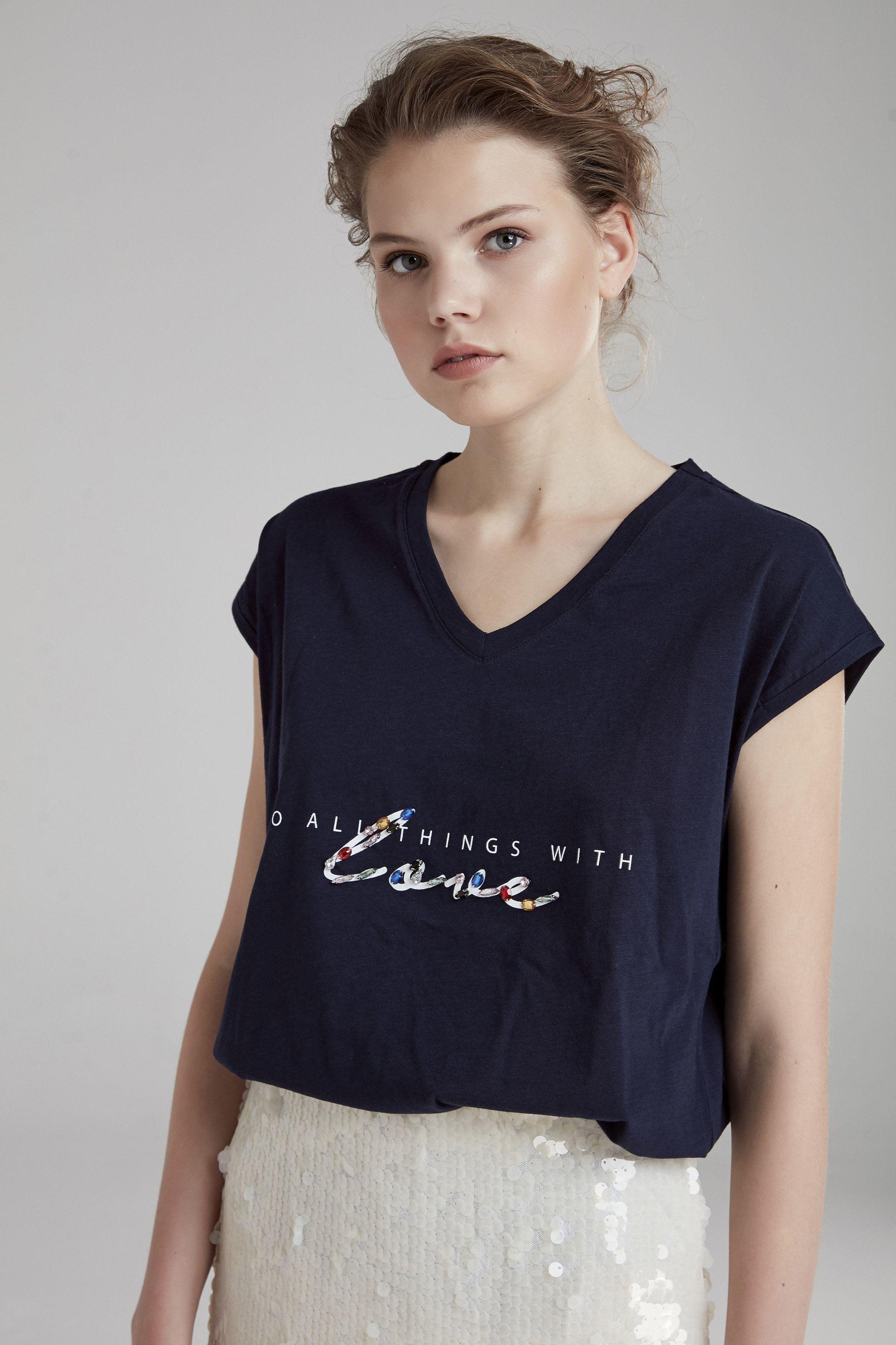 Baskili Tisort Giyim Koleksiyonu Adl Tisort Giyim Butik