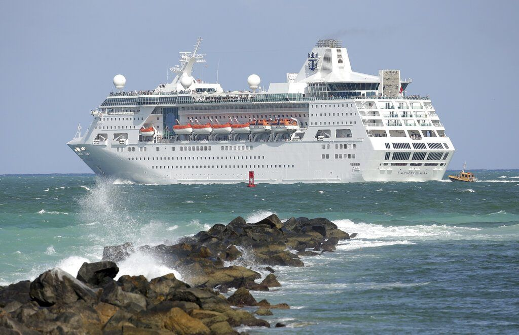 Royal Caribbean loses 1.4 billion in first quarter in