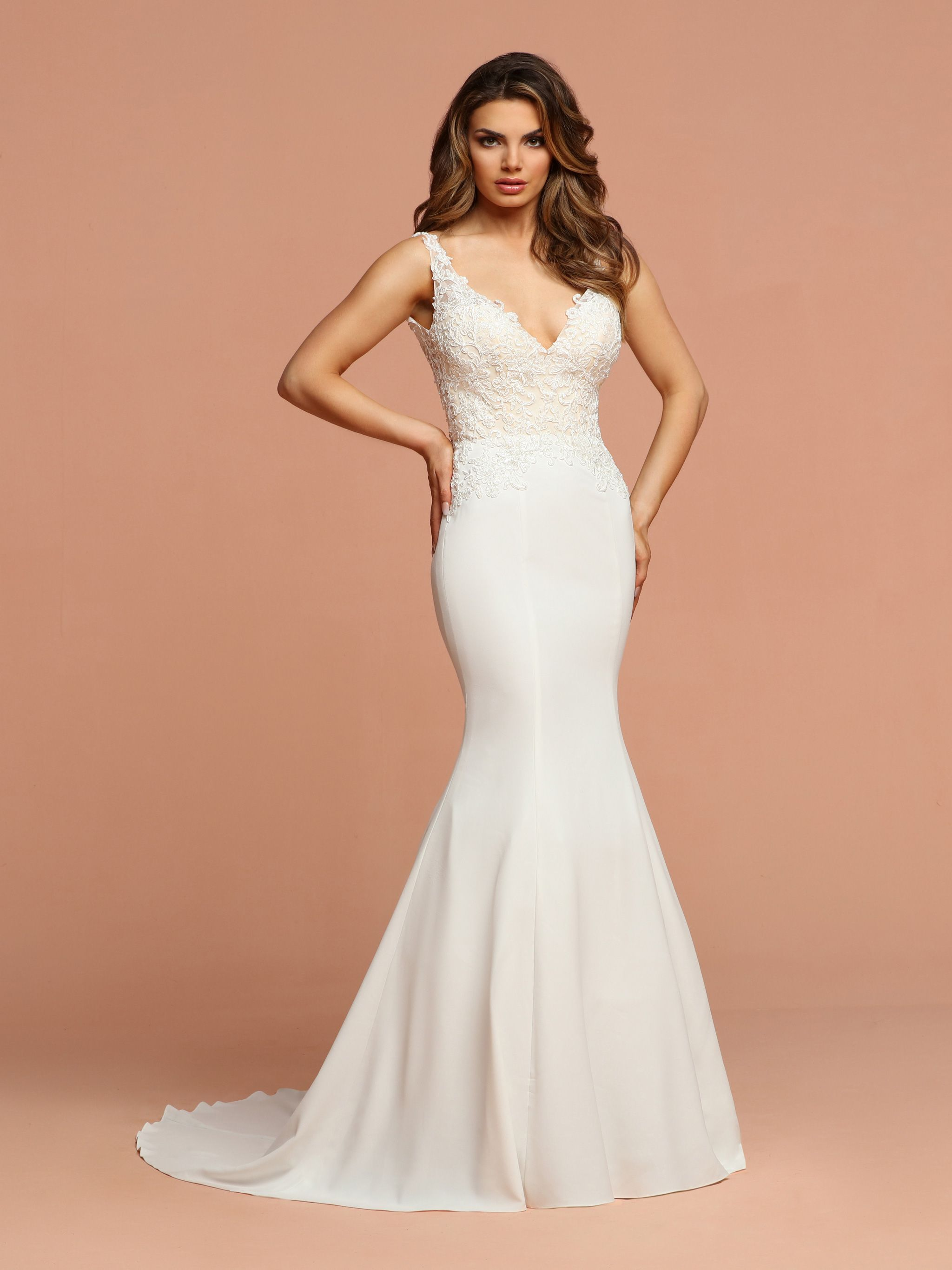 Crepe,Lace & Tulle Fit & Flare Trumpet Wedding Dress with