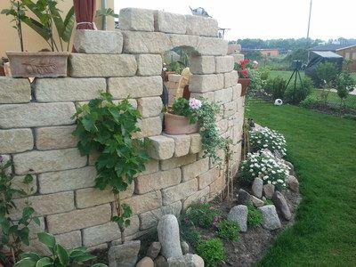 Mediterrane Mauer um Terasse - Wohnen und Garten Foto   garten ...