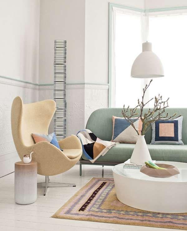 il soggiorno con i colori pastello - Poltrona gialla