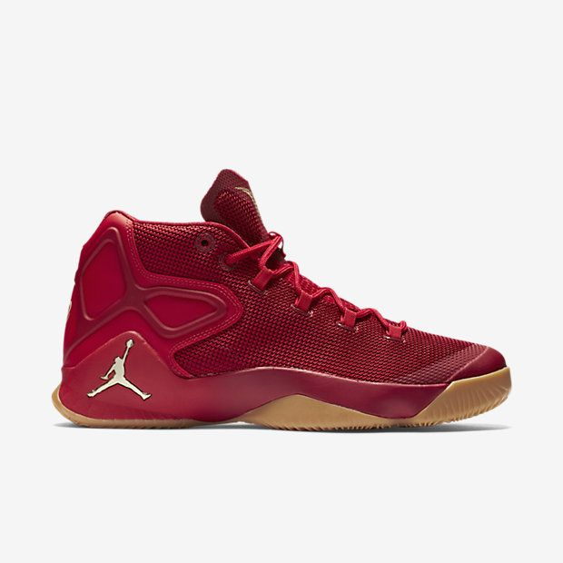 SUPERIOR FIT AND RESPONSIVENESS The Jordan Melo M12 Men's Basketball Shoe  reflects the evolution of Melo's