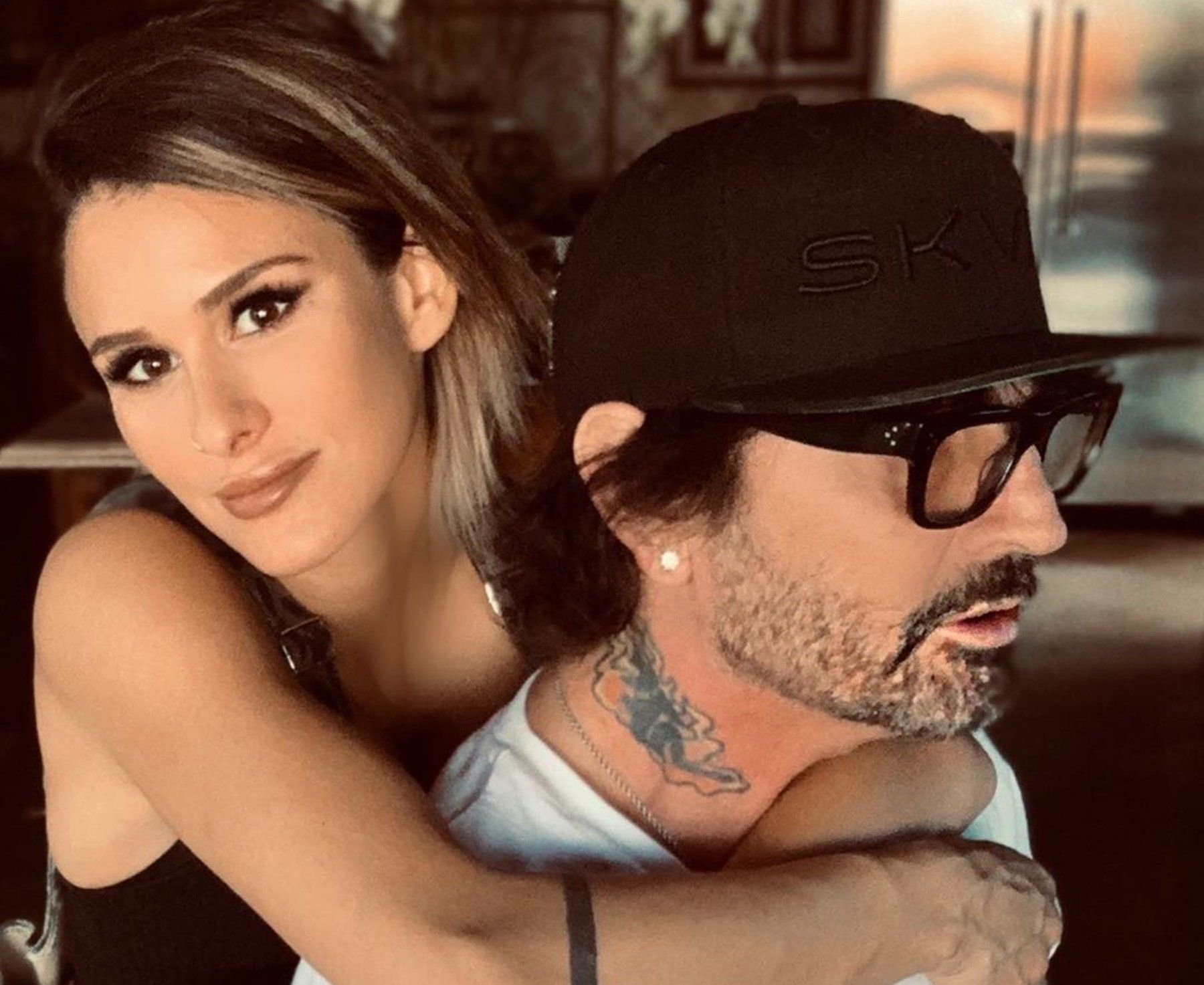 Tommy Lee Is Apparently Quite Happy With His Wife Brittany Furlan And Her Figure As He Was Eager To Share A Pictur Tommy Lee Brittany Furlan Plastic Surgery