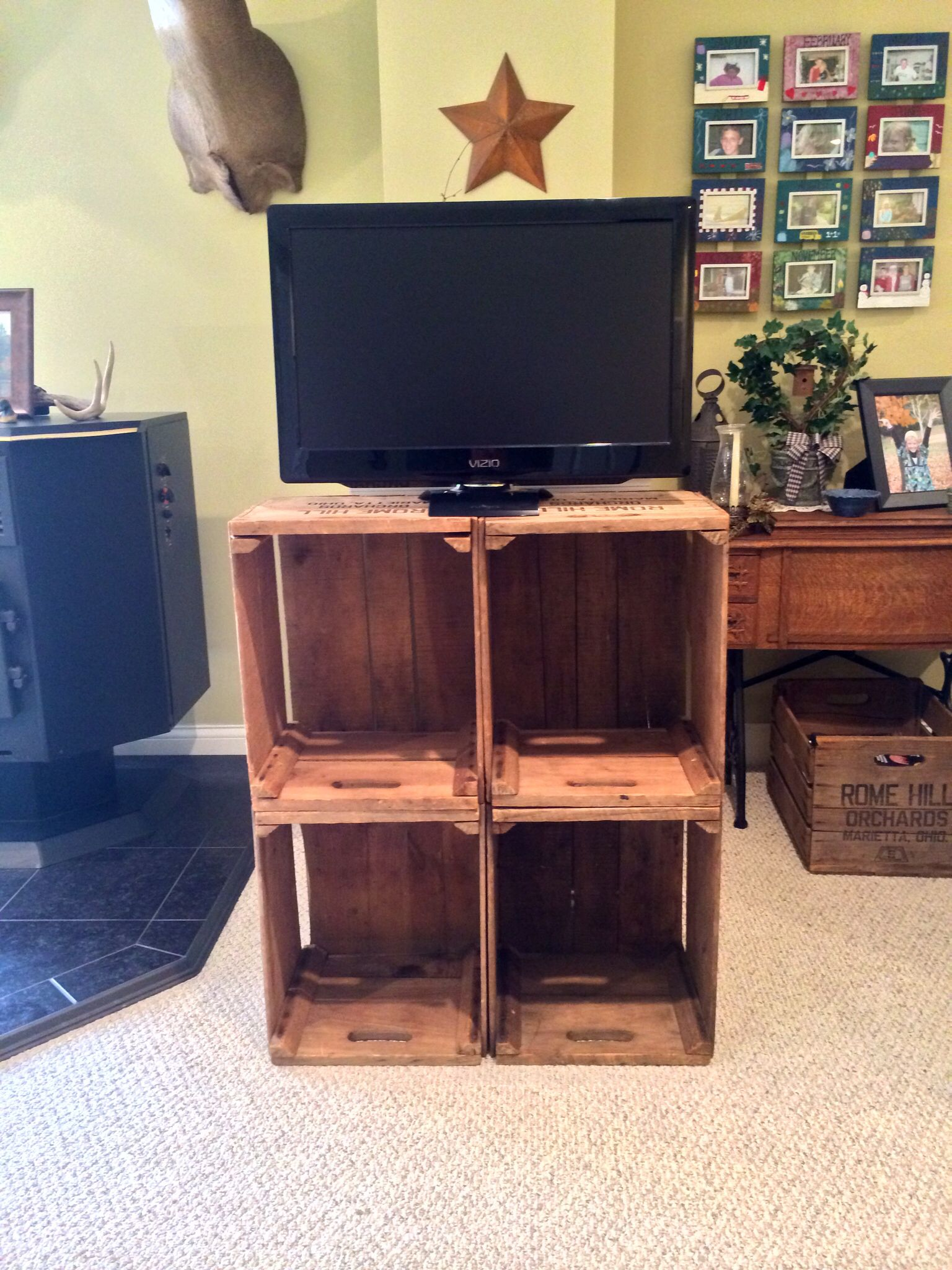 Apple crate tv stand Apple crate tv stand Pinterest