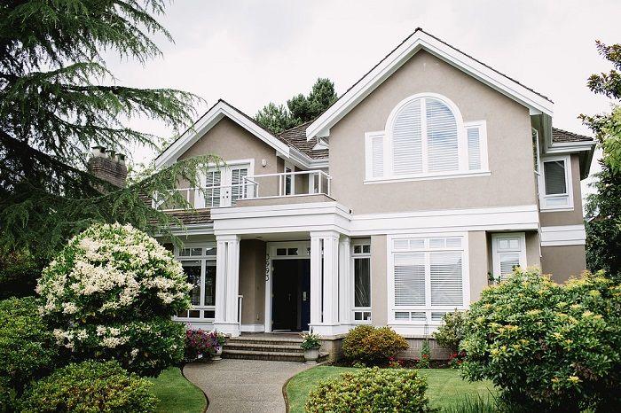 The Brock House Wedding Venue in Vancouver - read more in garden wedding   fab mood