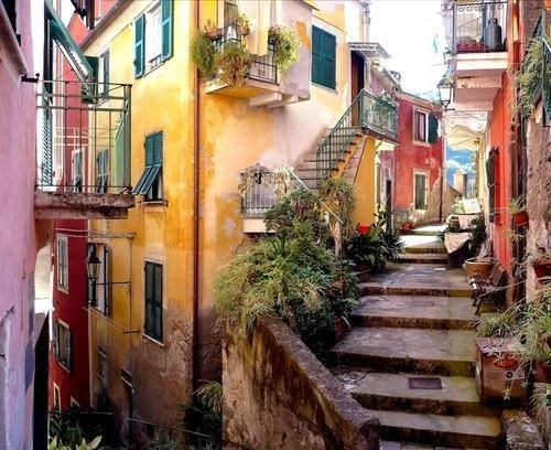 Ancient Backstreet, Monterosso, Italy