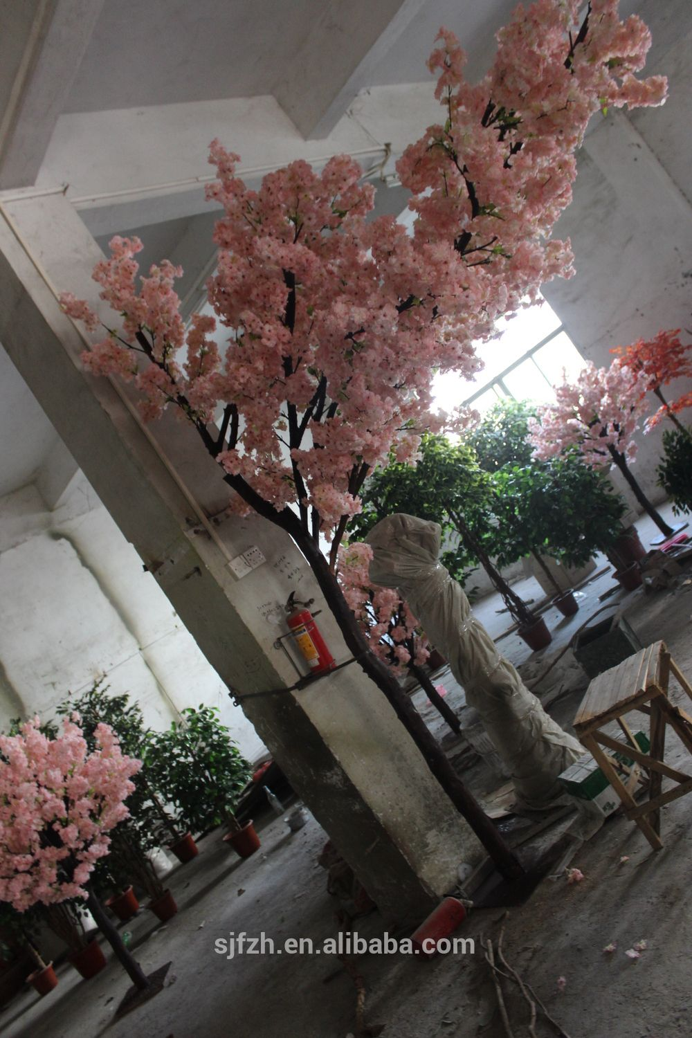 Indoor Decoration 2 5m Height Pink Floating Cherry Blossom Tree Fake Cherry Tree For Weddi Artificial Cherry Blossom Tree Artificial Plants Decor Blossom Trees