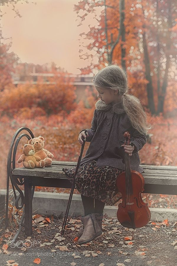 Autumn music by http://bigappleorganizers.com/