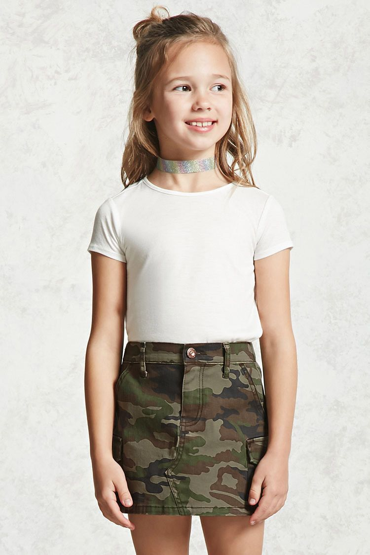 39c43dbf5c Forever 21 Girls - A knit skirt featuring an allover camo print, slanted  front pockets