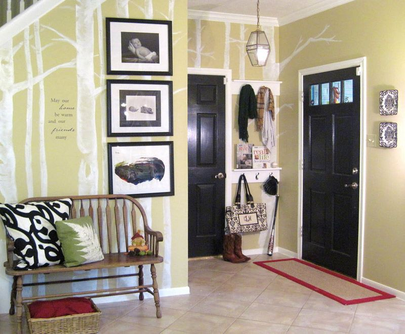Creative Diy Entry Decorating Ideas For Your Small E I Also Love The Trees Painted