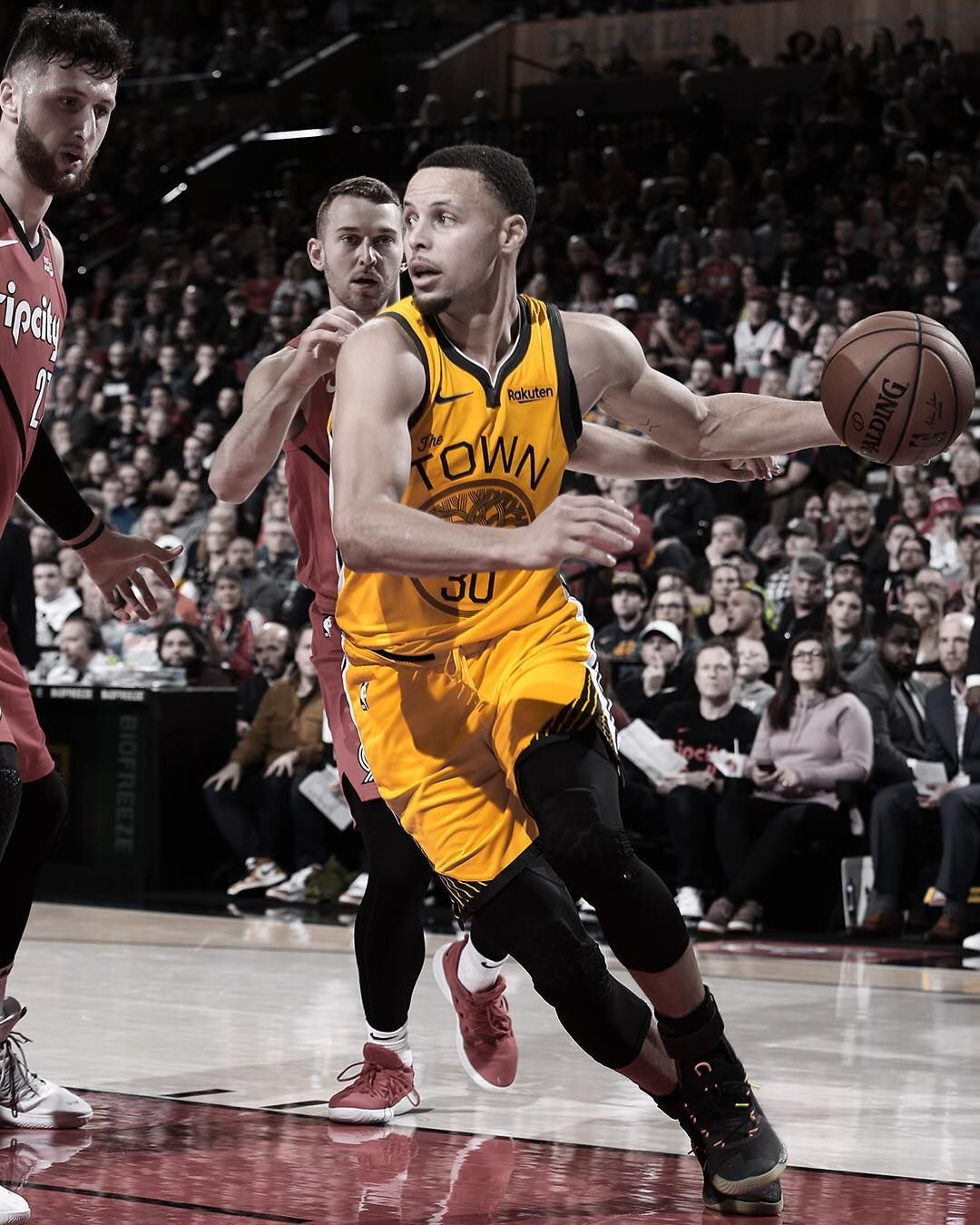 Look Out Golden State Warriors Basketball Pictures Stephen Curry