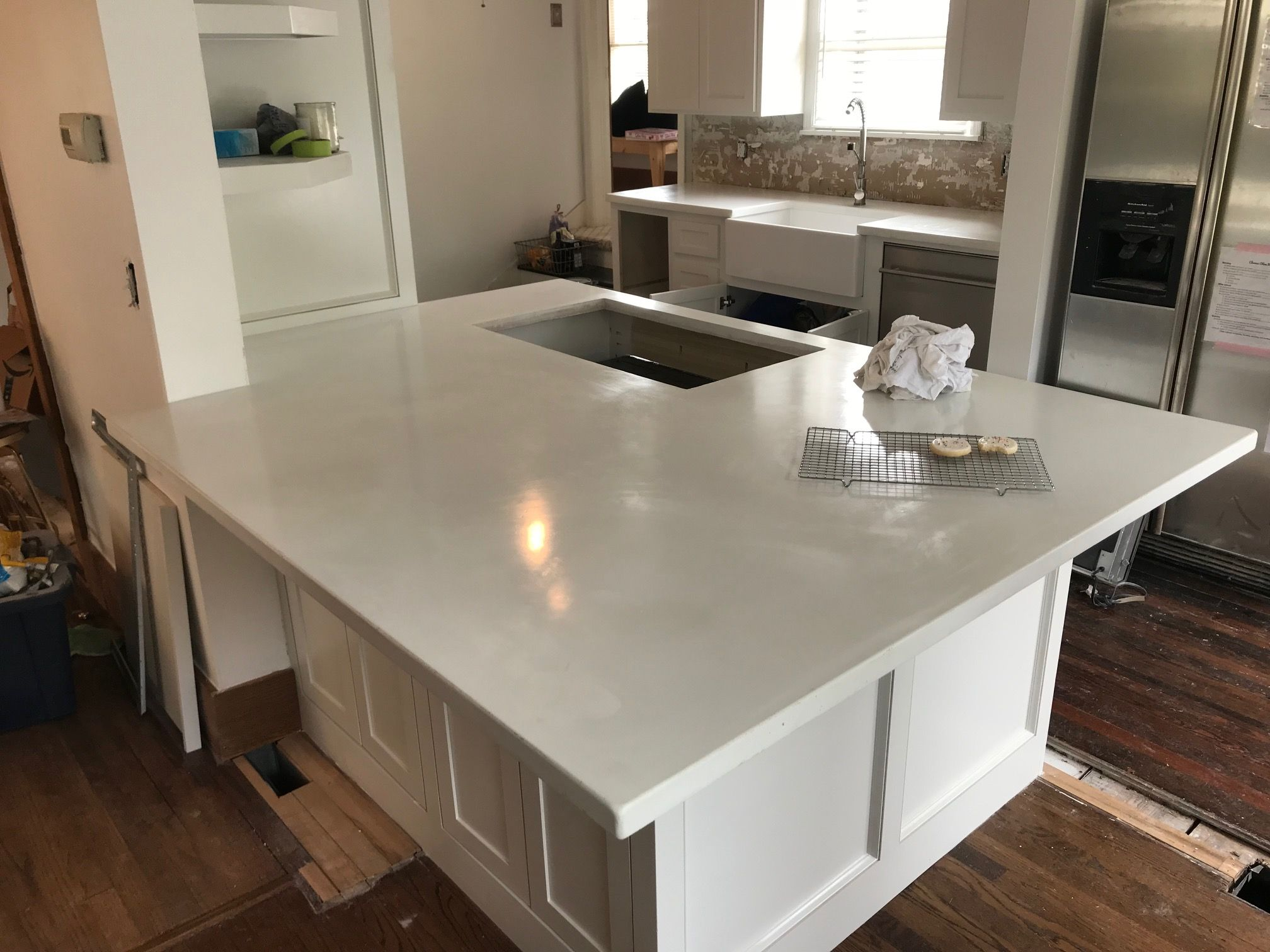 Best Concrete Pigment Grey Kitchen Designs White Concrete 640 x 480