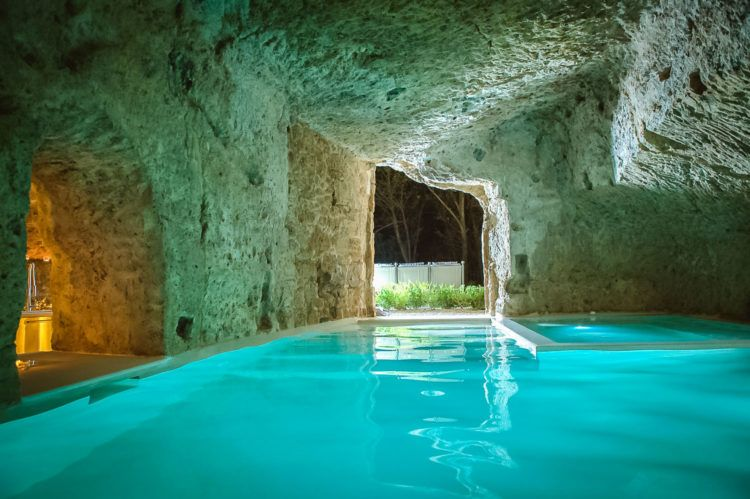 The 20 Best Hotel Pools In The World Underground Homes Cool Pools Swimming Pool Designs
