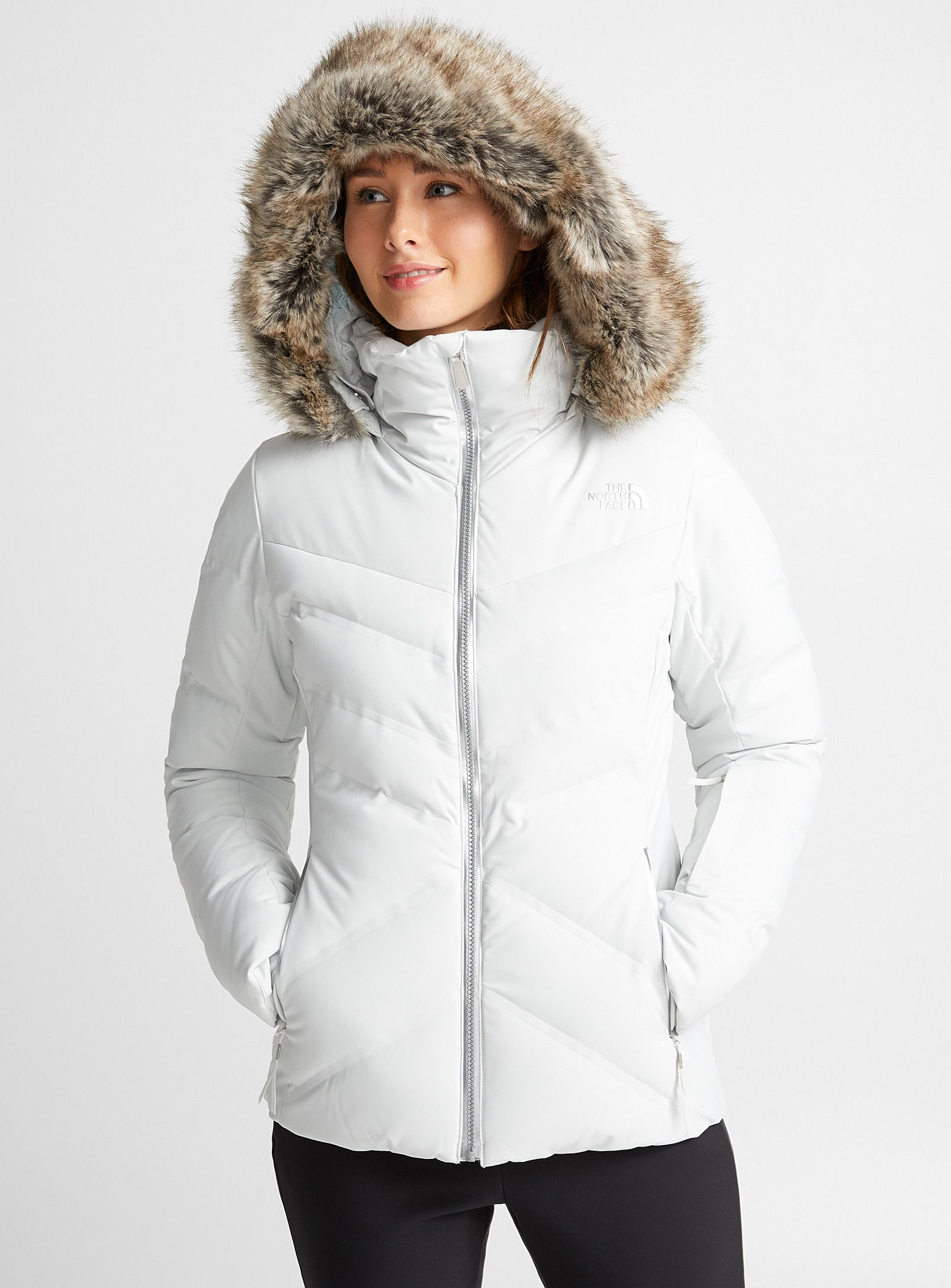 b4c162138 Cirque down jacket Fitted style | Winter's Coming | Outdoor outfit ...