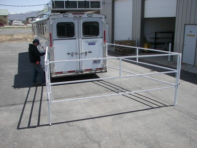 Horse Trailer World Trailer Talk Best New Portable Trail Corral That Attaches To Your Trailer Horse Trailer Organization Horse Trailer Horses