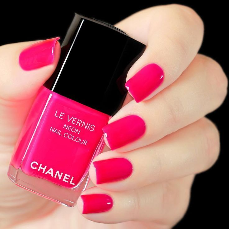 Chanel Magnetic a neon pink nail polish from the Neon | Nails ...