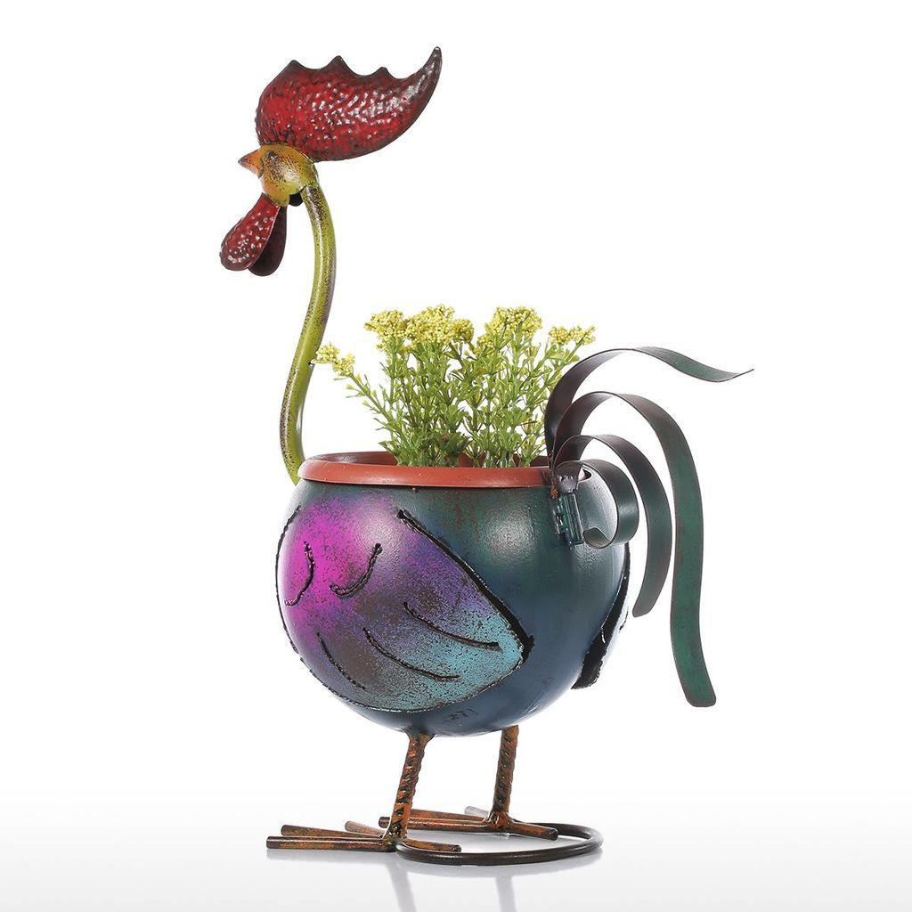 Farmhouse Decor: Rooster Flower Pot and Garden Decor