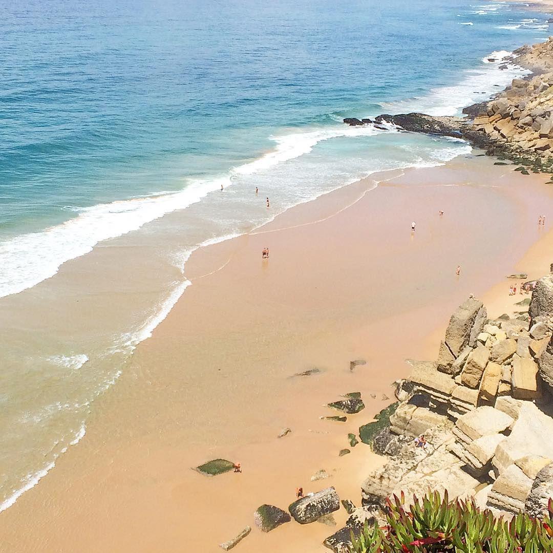 Azenhas do Mar #Sintra #portugal #beach #praia #vistasqueterobanelcorazon #views #stealtheheart #summer #sunday #holidays